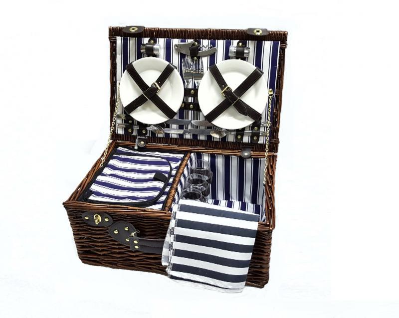 Набор корзина для пикника на 4 персоны 47*21*30 см.